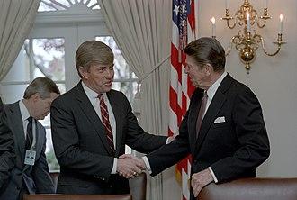 Jack Kemp - Kemp with President Ronald Reagan in 1983