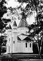 COLLECTIE TROPENMUSEUM De protestantse kerk aan de Cremerweg TMnr 10016573.jpg