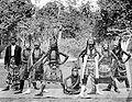 COLLECTIE TROPENMUSEUM Een wajang wong voorstelling bij de regent van Malang TMnr 10017908.jpg
