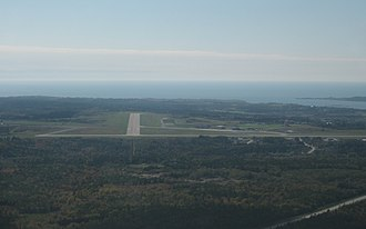 Yarmouth Airport - Final approach, runway 24