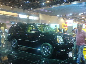 Cadillac Escalade - Flickr - Alan D.jpg
