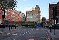 Canon Barnett School, Commercial Street - geograph.org.uk - 1017195.jpg