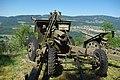 Canon de campagne 10.5 de 1942 au fort de Pré-Giroud 18-08-2012.JPG