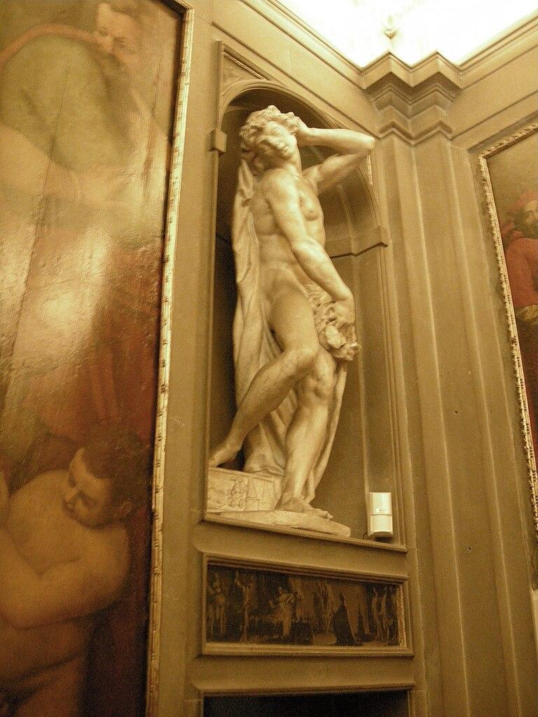 File casa buonarroti galleria domenico pieratti operato for Galleria del piano casa
