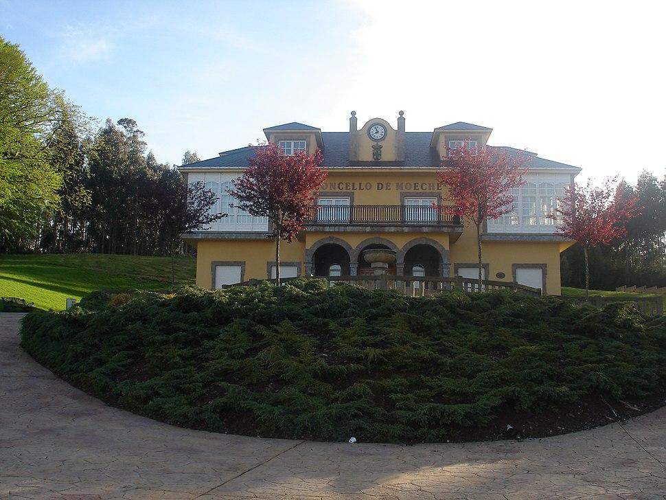 Casa do Concello de Moeche