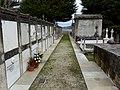 Cemiterio vello de Mondoñedo. Corredor con nichos.jpg