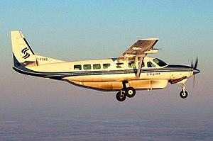 Cessna 208B SKS (105090285).jpg