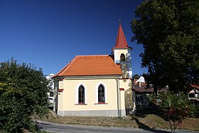 Chapel in Dvory in Prachatice District in 2011 (2).JPG