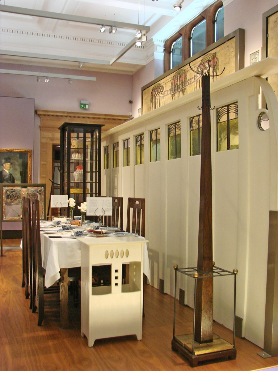Charles Rennie Mackintosh (Kelvingrove, Glasgow) (3838792113)