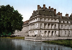 ChateauFontainebleau07.jpg