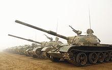 الدبابات الاشقاء من العائلة تي ( انها حقا عائلة محترمة اخري ) - صفحة 5 220px-Chinese_MBTs_070324-F-0193C-040