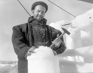 HMCS Lunenburg - Chipping ice on Lunenburg, January 1942