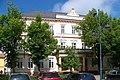 Chomutov, Husovo náměstí 104, škola.jpg