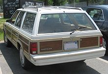Town And Country Auto >> Chrysler Town Country 1941 1988 Wikipedia