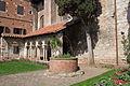Cloître Saint-Salvi puits.JPG