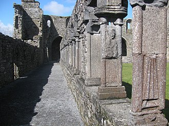 Jerpoint Abbey - The Cloister Arcade