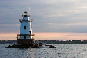 Conimicut Light - Image: Conimicut Lighthouse in 2006