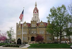 Courthouse, Pike County, Illinois.jpg