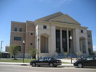 St. Tammany Parish, Louisiana - Image: Covington Justice Center March 2009