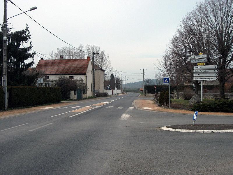 Departmental road 37 towards Saint-Bonnet-de-Rochefort in Mazerier, Allier [10527]