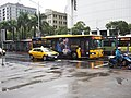 Danan Bus 196-U3 and Toyota taxi 917-A5 on Zhonghua Rd. 20190308.jpg