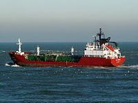 Deltagas IMO 9008471 leaving Port of Rotterdam, Holland 29-Jan-2006.jpg