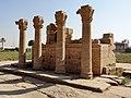 Dendera Römische Säulen 09.jpg