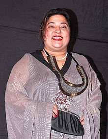 Dolly bindra colors indian telly awards cropped.jpg