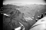 ETH-BIB-Gwächtenhorn, 3420m im Sustengebiet, Hintere Tierberg und Sustenhorn, südwestlicher Richtung-Inlandflüge-LBS MH01-008238.tif