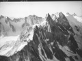 ETH-BIB-Sciora Dadent, Cima della Bondasca, Pizzo Sciora v. N. N. W. aus 3300 m-Inlandflüge-LBS MH01-007825.tif