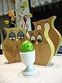 Eierbecher klassisch mit grünem Ei.jpg
