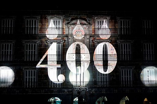 "El primer viaje en ""video mapping"" por la historia de la Plaza Mayor (01)"