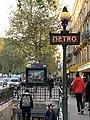 Entrée Station Métro Cluny Sorbonne Paris 4.jpg