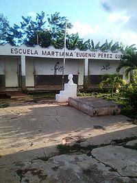 Escuela primaria Eugenio Quezada.jpg