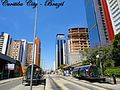 Estaciones de bus en Curitiba.jpg