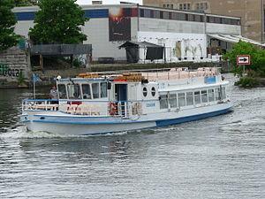 Fahrgastschiff Condor.JPG