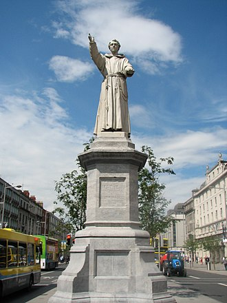 Theobald Mathew (temperance reformer) - Father Mathew monument in Dublin's O'Connell Street