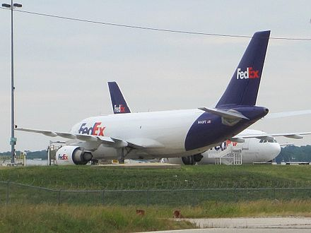 FedEx aircraft at Memphis International Airport FedEx plane Memphis TN 001.jpg