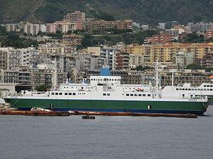 Ferry Ostfold - Rada San Francesco, Messina - Italy - Oct. 2009.jpg