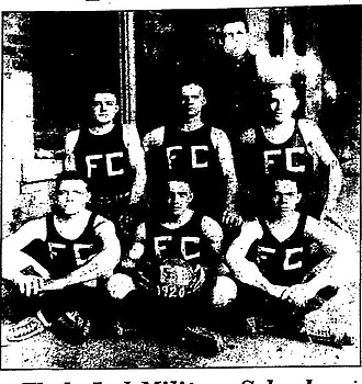 Lynn Bomar - 1920 Tennessee prep-school basketball champions; Wallace Wade is in the back, and Bomar is in the middle of the back row.