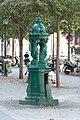 Fontaine Wallace 3 place de Lévis.jpg
