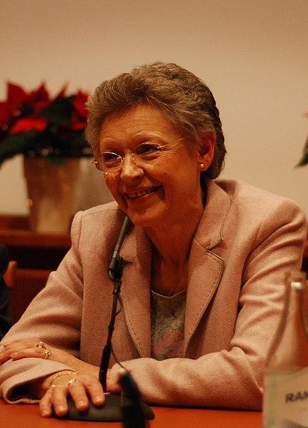 File:Françoise Barré-Sinoussi-press conference Dec 06th, 2008-4.jpg