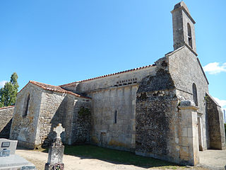 France - 17 - Beaugeay - Église Saint Germain.JPG
