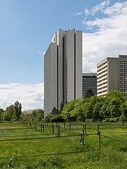 Frankfurt Lyoner Straße 44.20130511.jpg