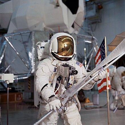 apollo 13 astronauts - 800×808