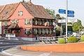 Gasthof Bären und Kreisel am Ortseingang.jpg