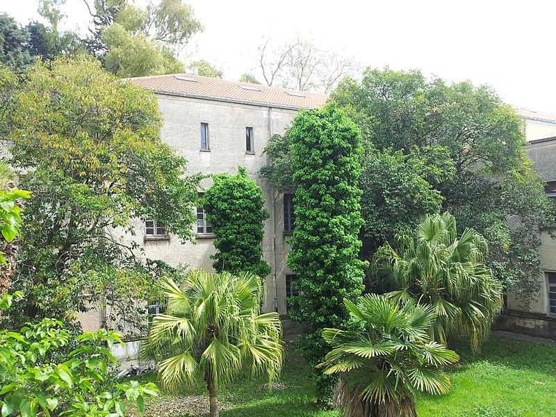 File:Giardino e chiesa ex Seminario Regionale Salerno.jpg