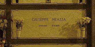 Giuseppe Meazza - Meazza's grave at the Monumental Cemetery of Milan in 2015