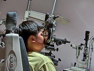 Eyeglass prescription - Using a phoropter to determine a prescription for eyeglasses