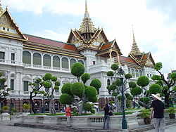 Grand Palace in Bangkok - Chakri Mahaprasad Hall.jpg